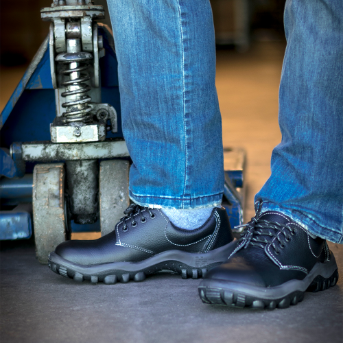 How to take care of your safety shoes